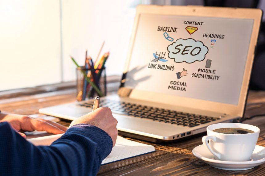 ¿Cómo determinar si sus competidores están invirtiendo en SEO?