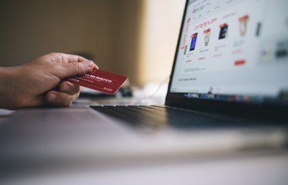 El gasto en anuncios de comercio electrónico se duplica como resultado del COVID-19